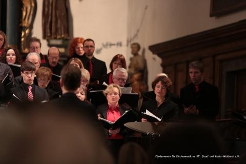 22. Dezember 2013:  Paterskirche Kempen, Adventskonzert, Crescendo Chor Krefeld