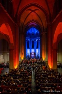 04_20151220_weihnachtskonzert_201520. Dezember 2015: Kirche St. Josef, Weihnachtskonzert, Crescendo Chor Krefeld